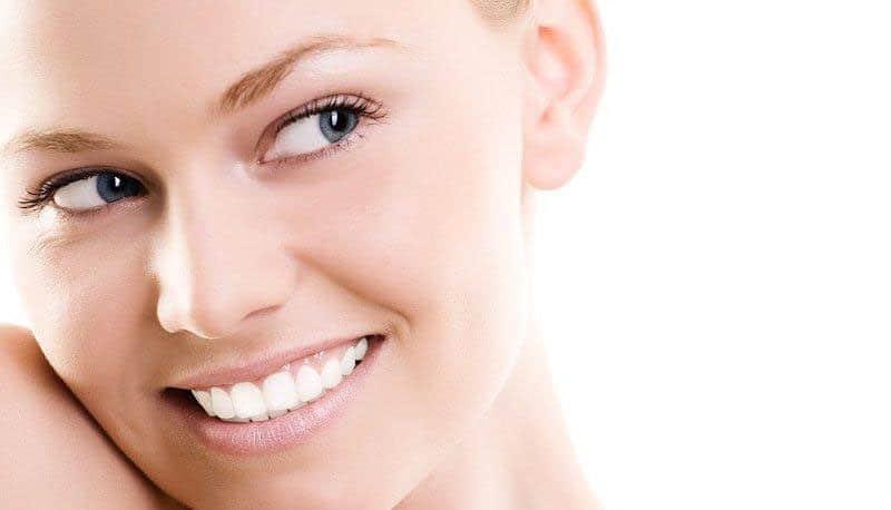 riegos de elegir implantes dentales de baja calidad